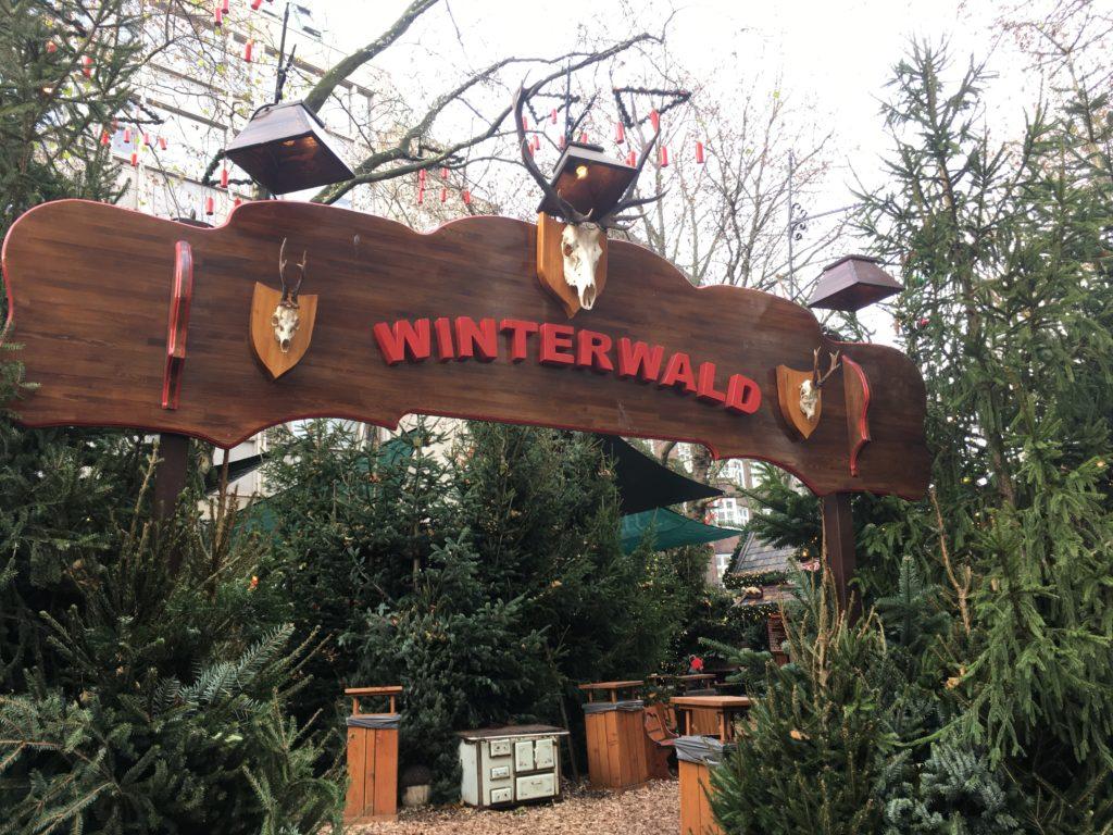 Winter-Wald-Christmas-Trees