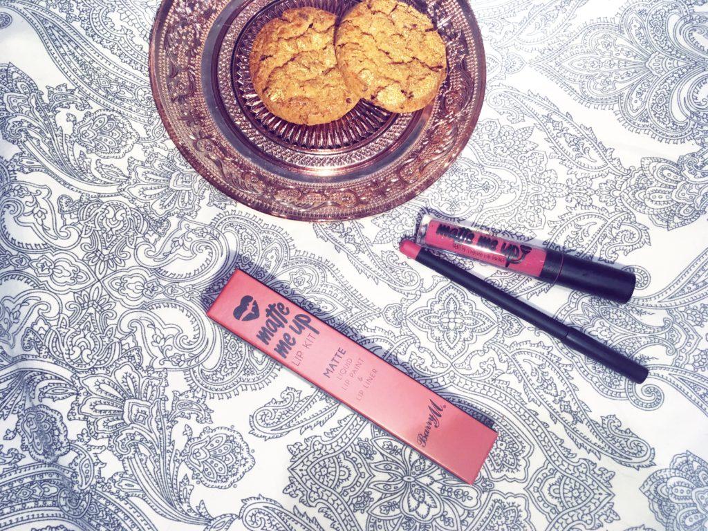 Matte Lipstick Matte Me Up Lip Kit Review Barry M