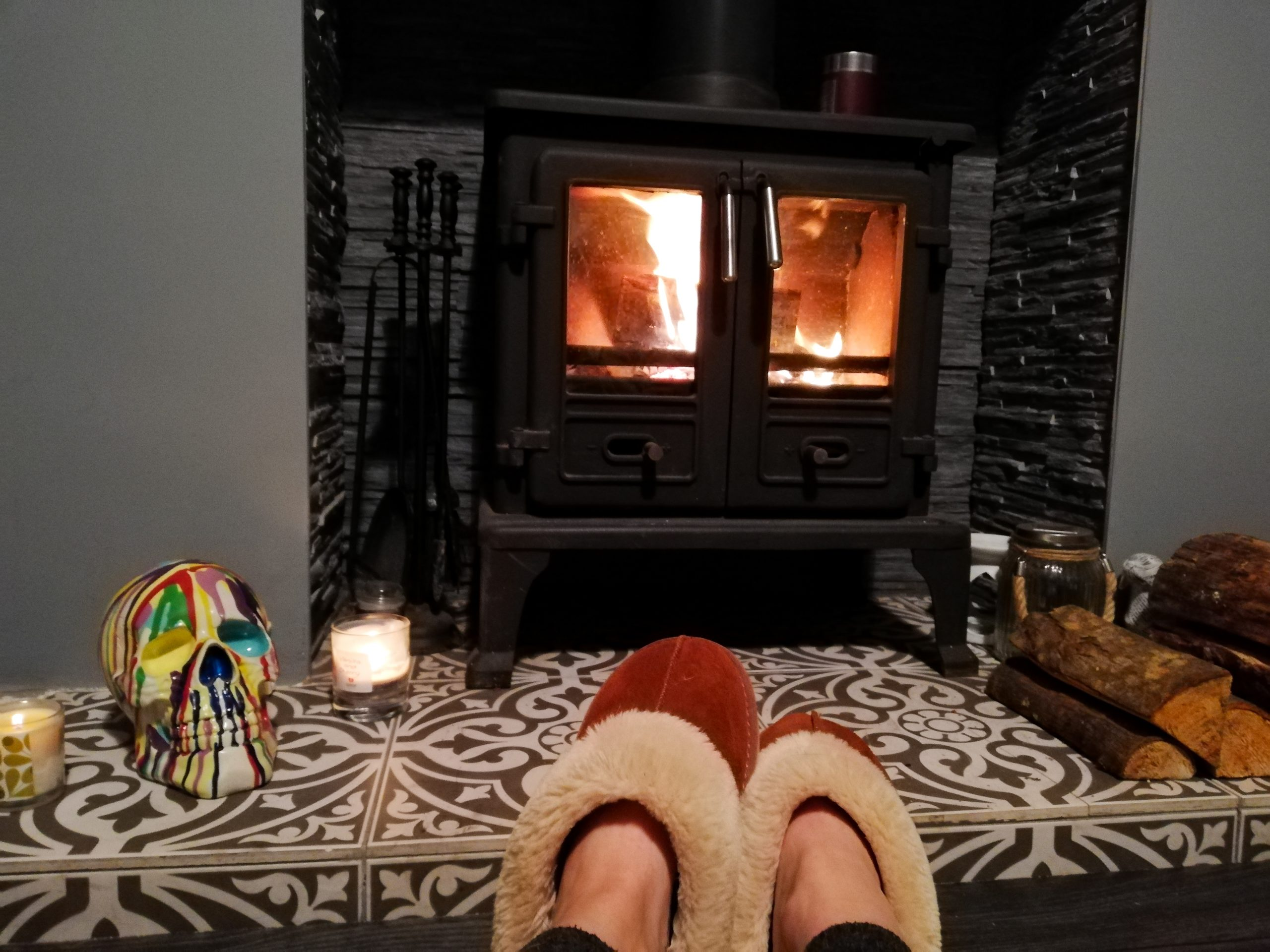 eShores Romantic Night In Log Burner