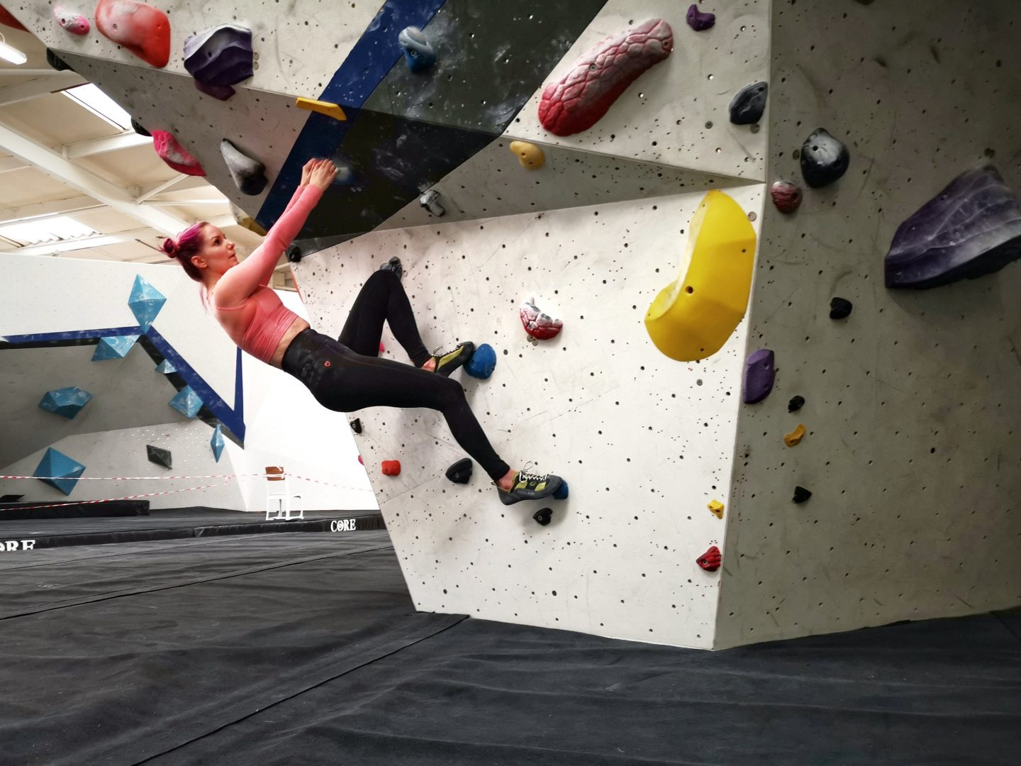 Sustainability_and_climbing_eco_layer_leggings