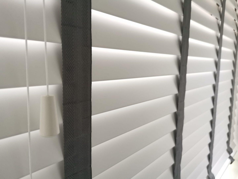 Makemyblinds_faux_wood_blinds