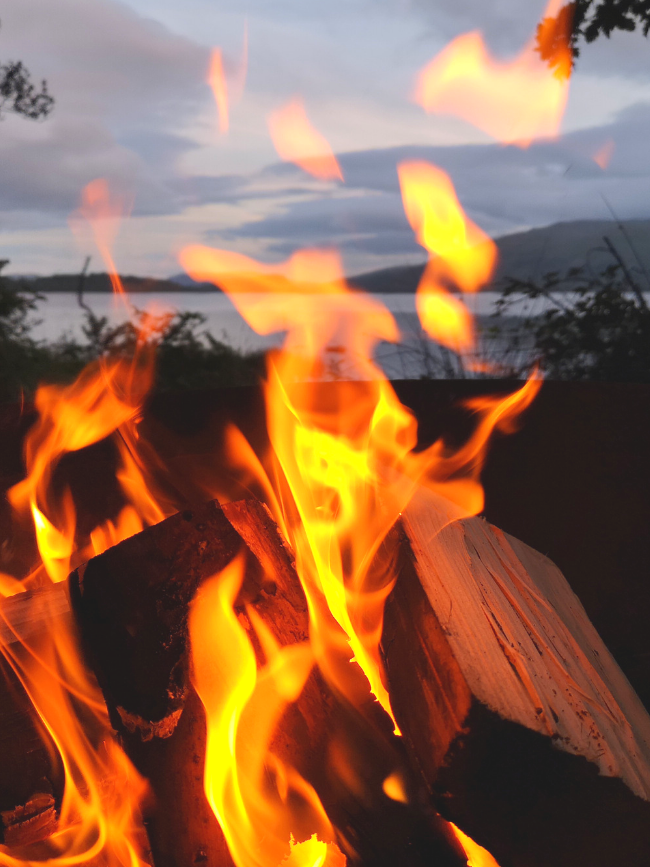 surviving_wilderness_grandiose_day_fire