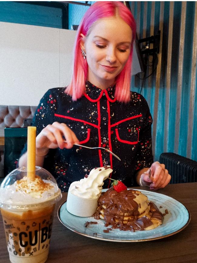 Grandiose_Days - cube desserts delivery restaurant preston